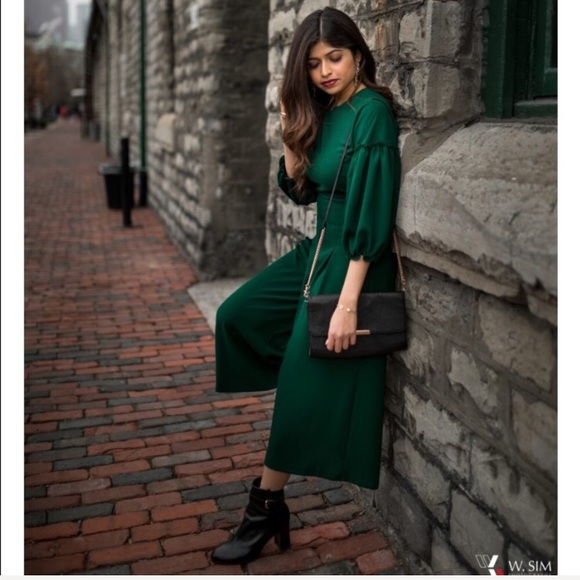 b4c80ebe6c7 Zara emerald green jumpsuit with voluminous sleeve